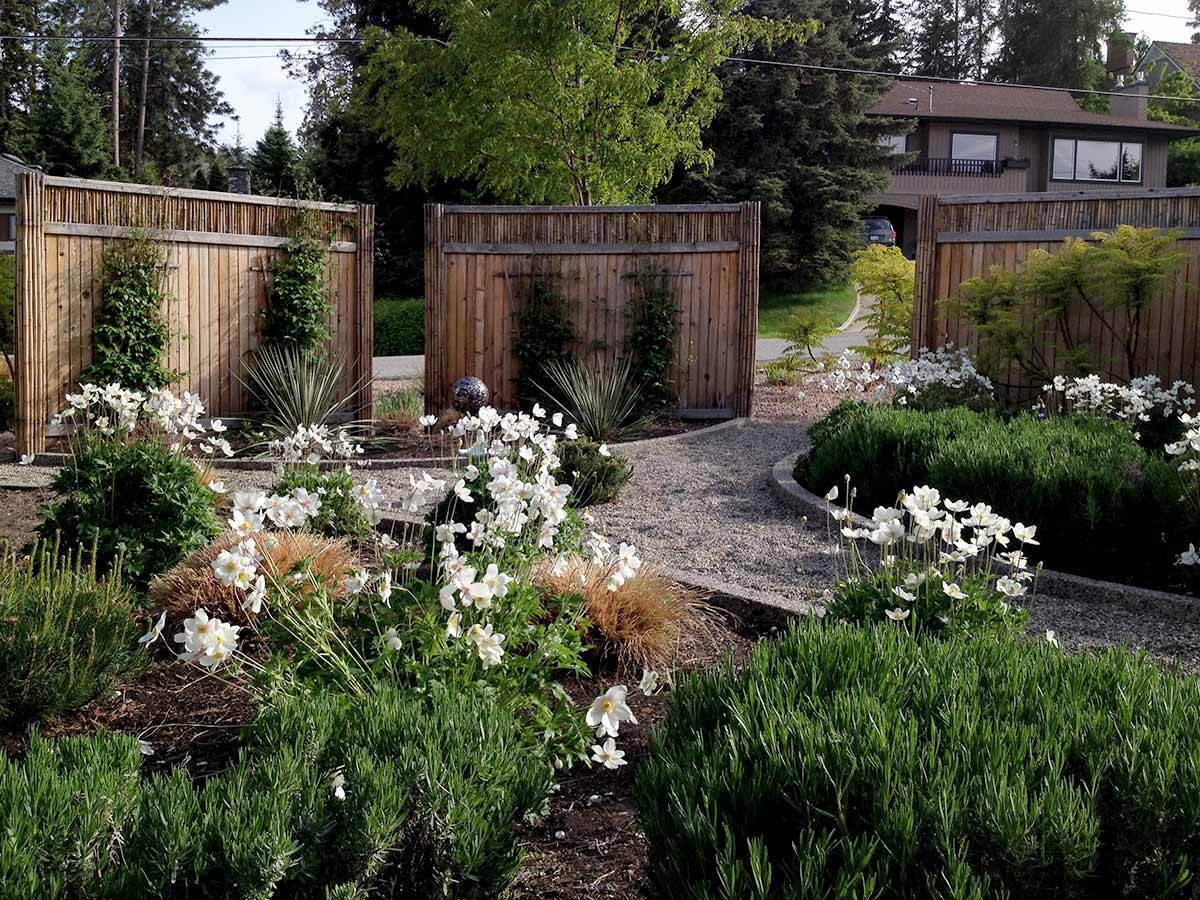 Xeriscape gardens reduce water use